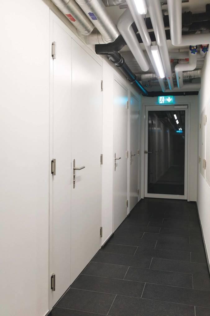 Porte Attafeu EI30 affleurée à 2 vantaux
